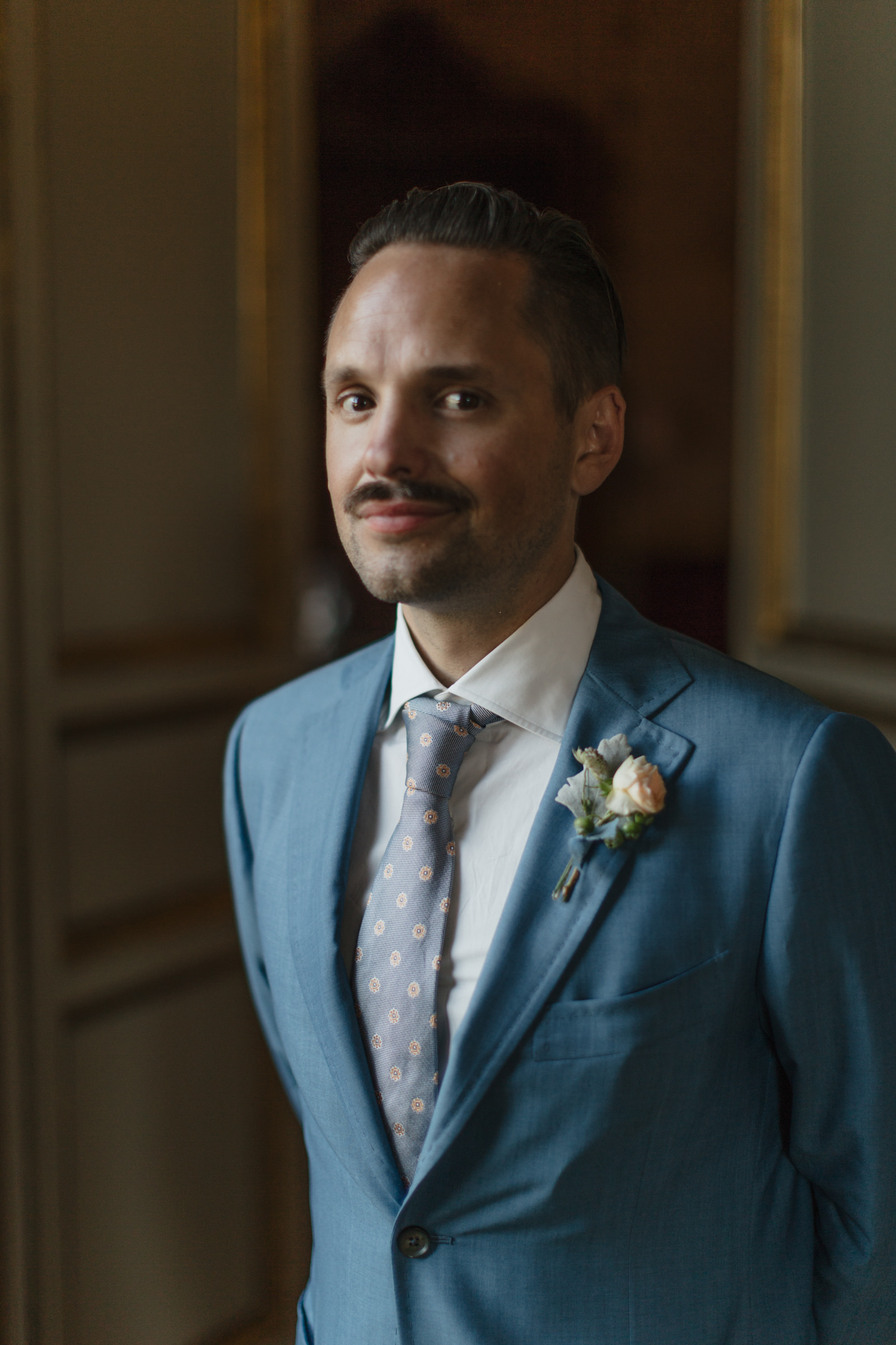 Portrait of the groom at Villa Cora